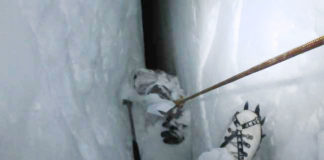 siachen-indian army soldier crevasse making india